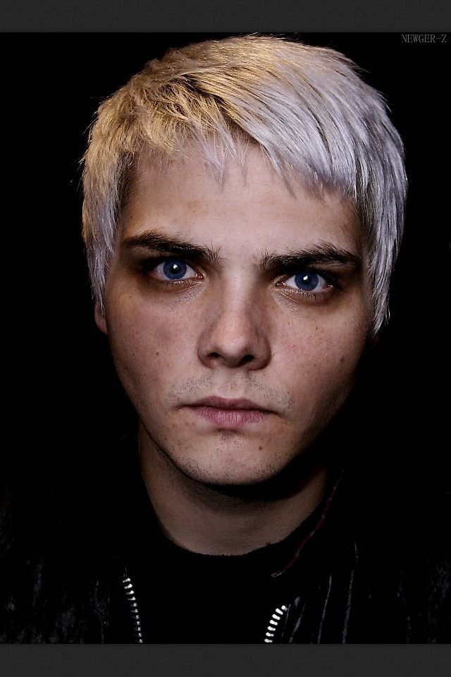 Im Pretty Sure That Isnt Gee S Orginal Eye Color But This Pic Is Beautiful
