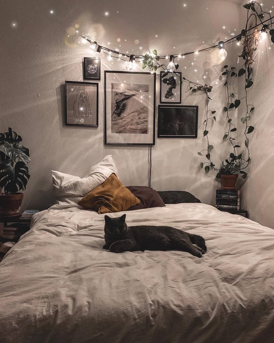"""Bohemian Inspirations on Instagram: """"🌿Holidays are exhausting and I'm sure I'm not the only one who feels that way 😉. The aftermath is to follow the kitty's step 😁. Thank you…"""""""