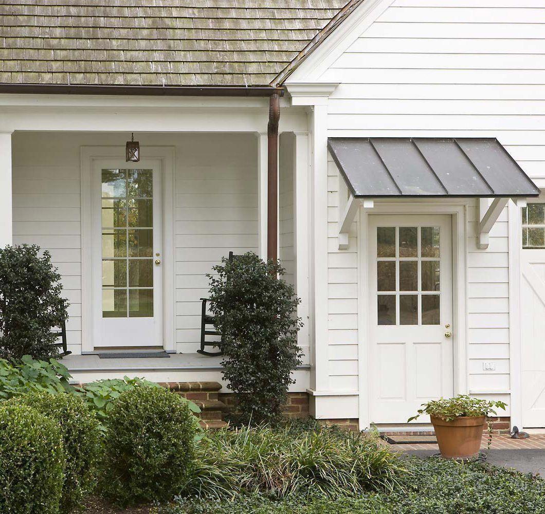 Brilliant Garage Doors Design Look At Our Blog For Way More Recommendations Garagedoorsdesign Garage Door Design House With Porch Porch Design