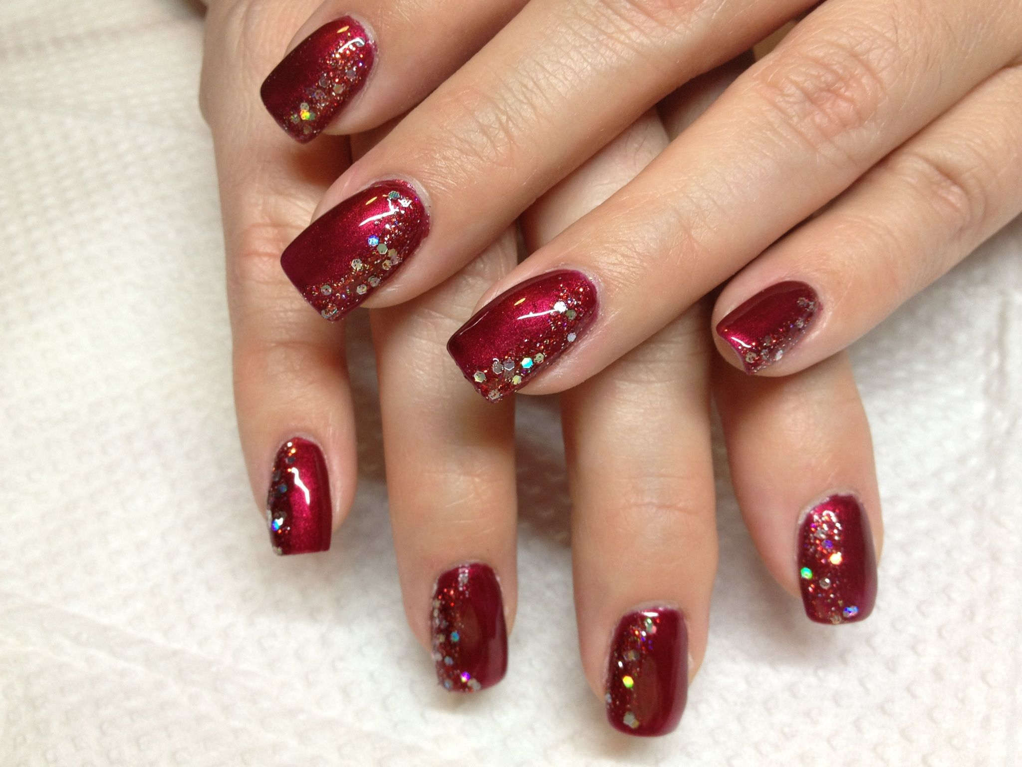 Red side sparkle Red nails, Red nails glitter, Fall gel