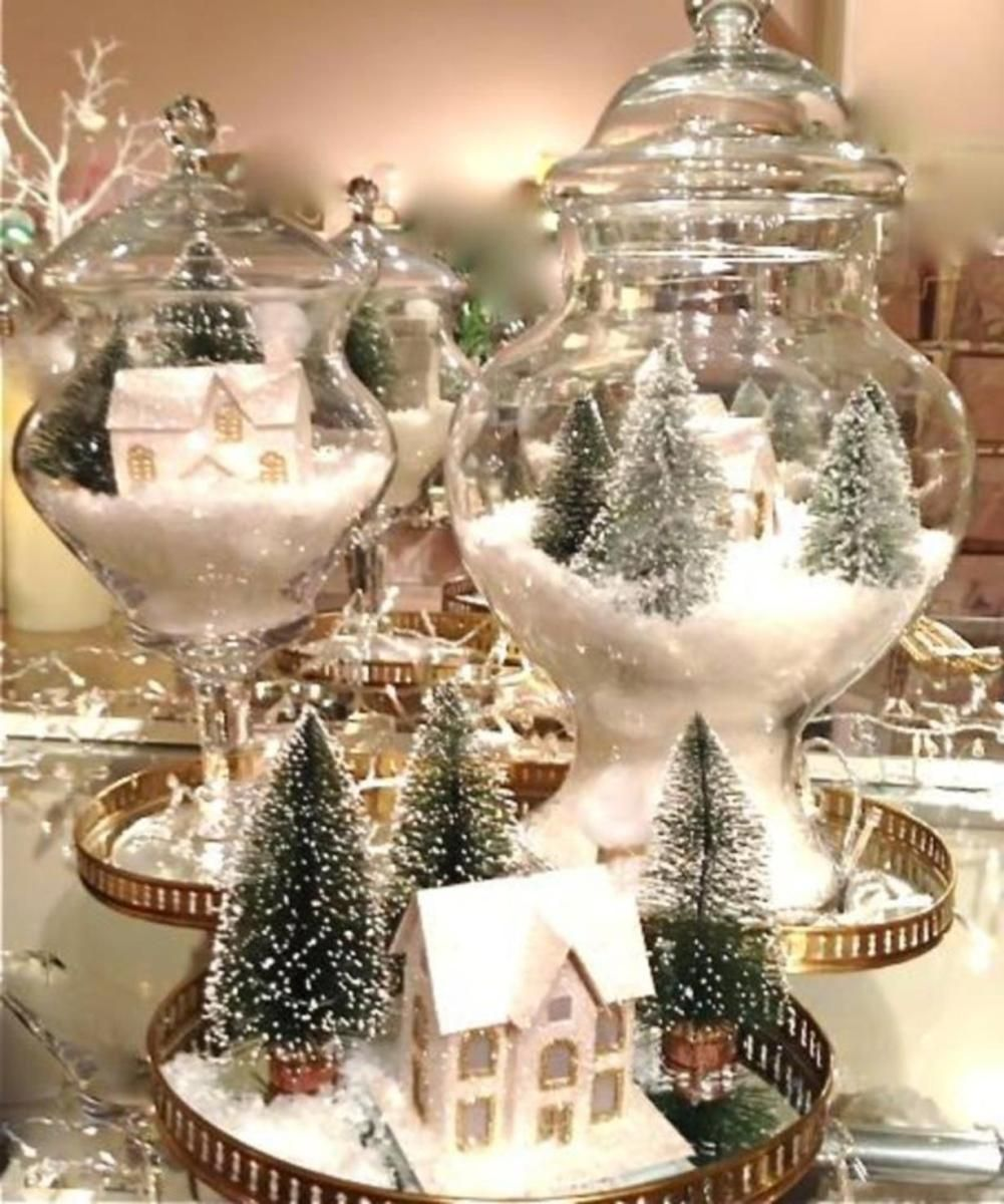Best Creative Diy Christmas Table Centerpieces Ideas 11 Viralinspirations Christmas Table Centerpieces Christmas Centerpieces Diy Gold Christmas Decorations