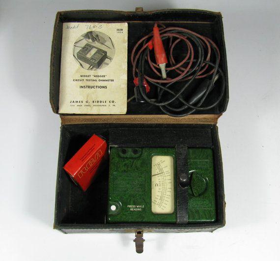Megger Ohmmeter Made In England James G Biddle Co Vintage Green Bakelite Case Battery Instructions Vintage Green Green Bakelite How To Make
