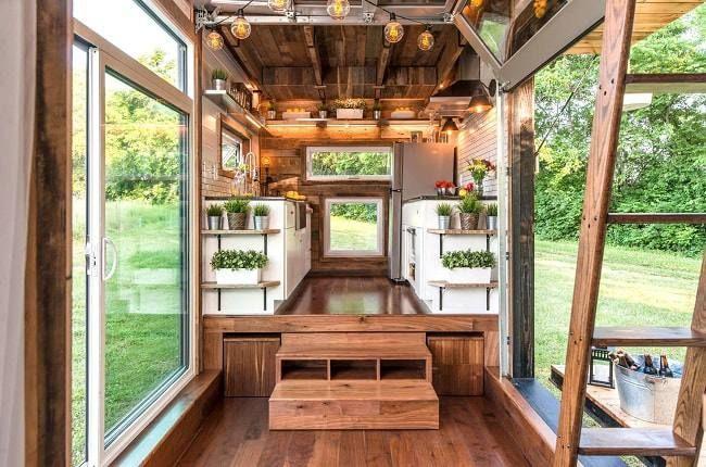 Une Mini Maison Sur Roues Haut De Gamme Avec Jacuzzi Ecologie