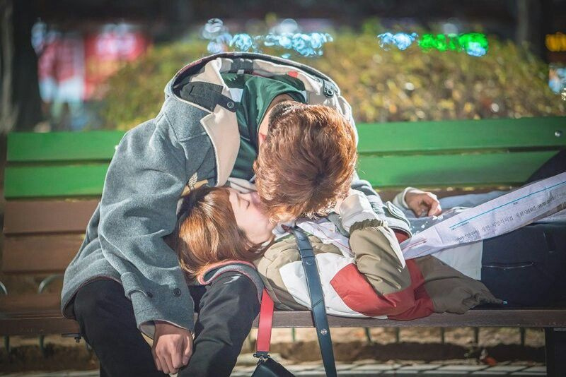 Joon Hyung and Bok Joo  First kiss??
