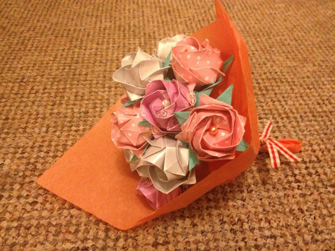 12 origami Kawasaki roses by Carmel Chameleon | Craft ... - photo#29