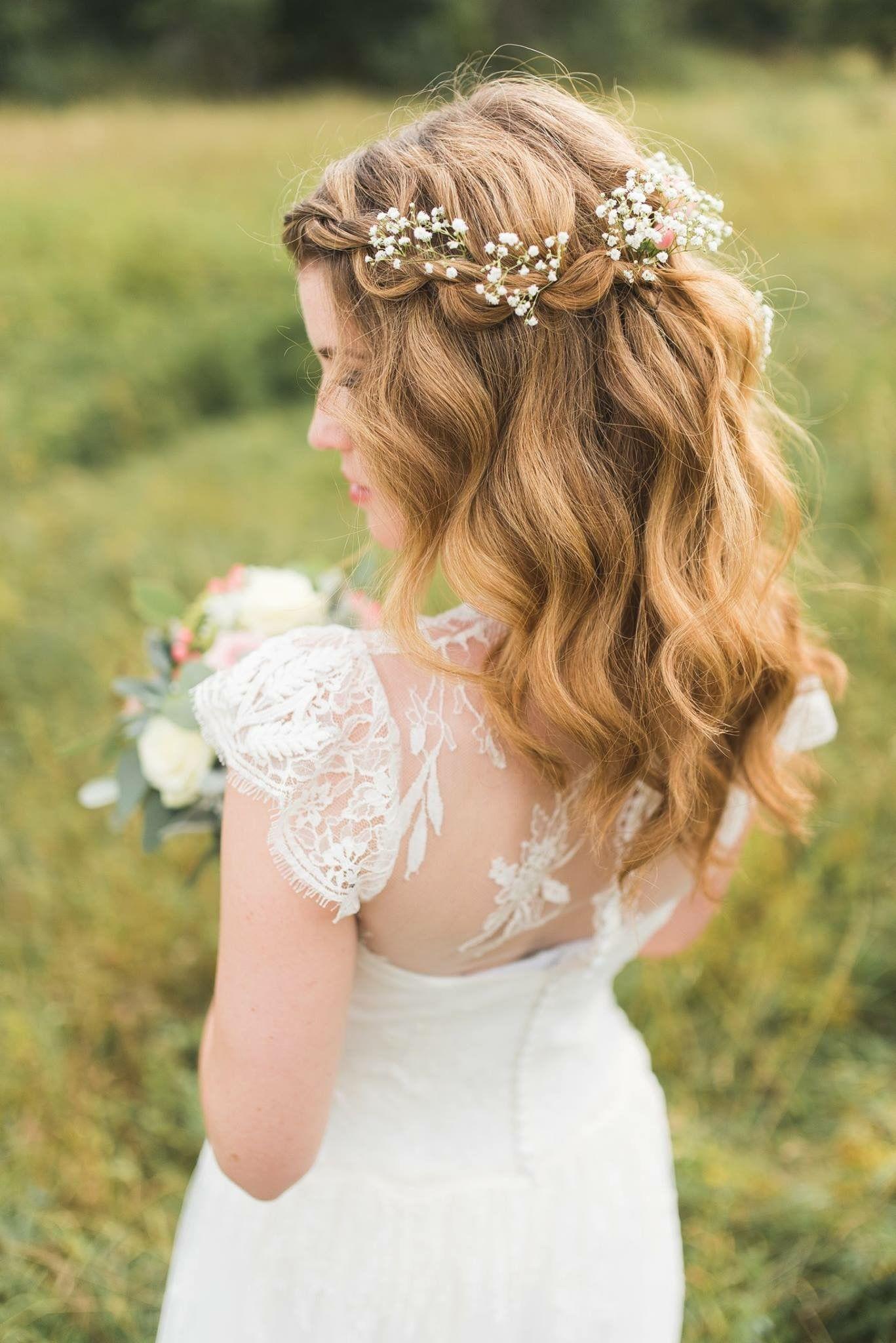 Epingle Par Melodie Villy Sur Weddings Coiffure Mariage Coiffure Mariage