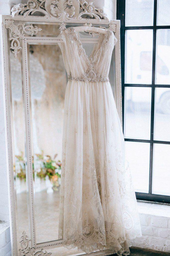 Wedding Dress by @tatyanakochnova www.allysonjames.net