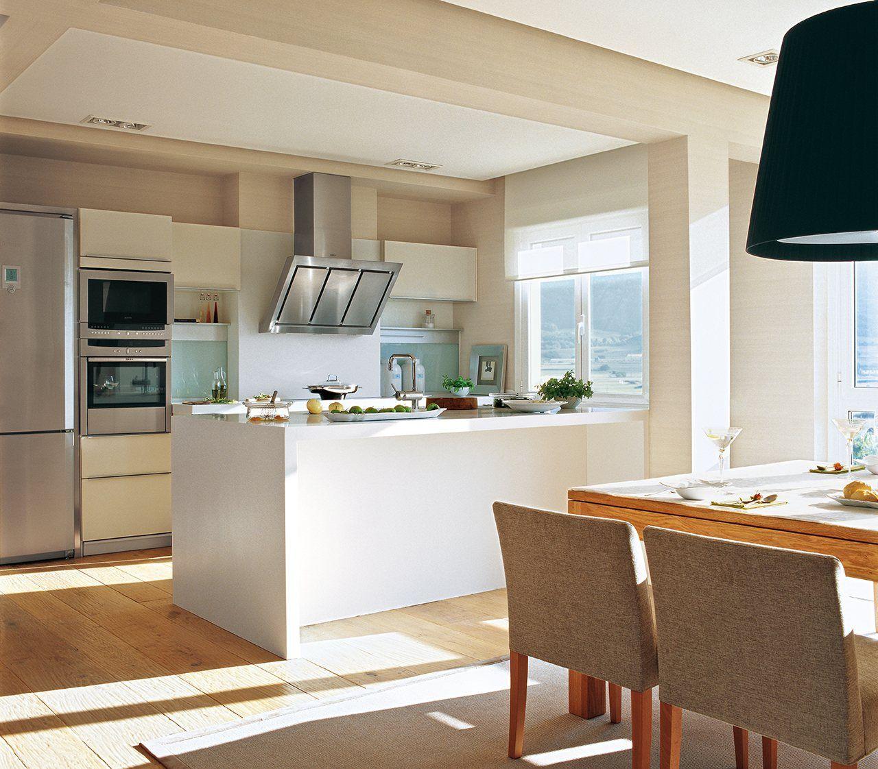 Claves para elegir la campana de tu cocina la campana for Decoracion cocinas integradas