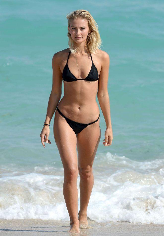 574264faad Selena Weber | Perfect female body | Bikinis, Black bikini, Bikini ...