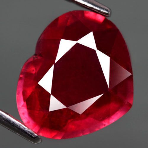 3.19 CT.SHINNING! HEART FACET TOP BLOOD RED NATURAL RUBY MADAGASCAR #gemnatural