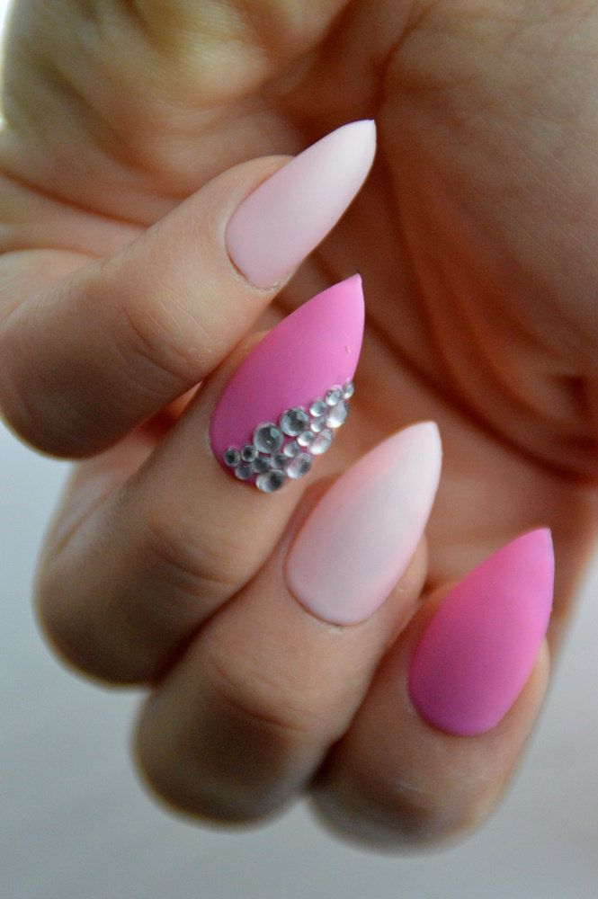 Matte Pink And Crystals Stiletto Nails Sparkly Nails Stick On Nails Press On Nails Nail Designs Nail Art Stil Sparkly Nails Press On Nails Stick On Nails