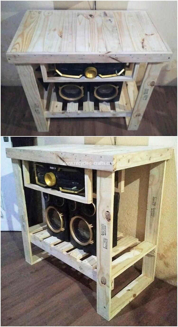 Tables Made Out Of Pallets Old Pallet Furniture Pallet 1