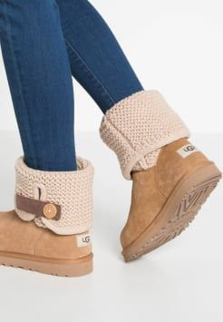 db5f8bbd658 UGG - SHAINA - Bottines - chestnut | Fashion | Uggs, Shoe boots, Ugg ...