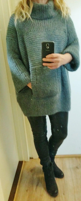 97922b01 Facebook: strikkesida til annelise Håndstrikket, rillestrikket genser med  hals og lomme. Sandnes Silk