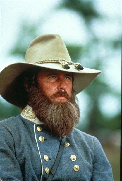 Tom Berenger As Lt Gen James Longstreet In Gettysburg Also Liked His Works In Such Films As Major Le Civil War Confederate Civil War Generals Civil War Art