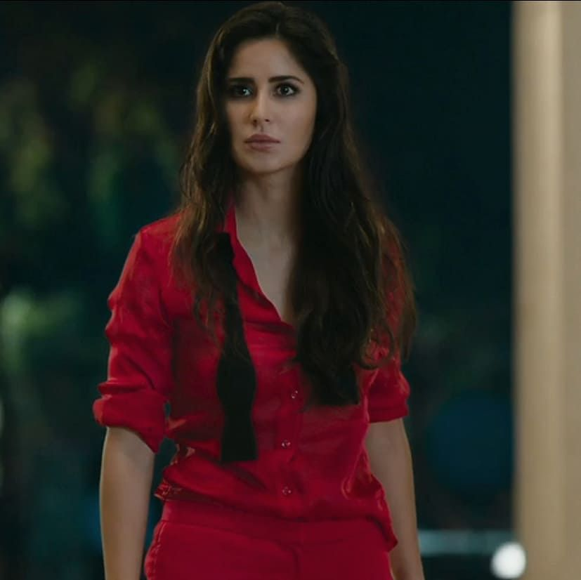 Double Tap For This Scene In Zero Movie Follow Mysalmankhan Ig For More Updates K Katrina Kaif Bollywood Actress Hot Photos Bollywood Actress
