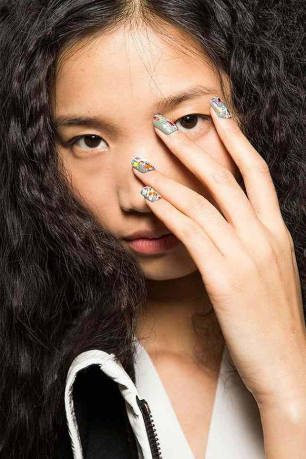 Manicure Graphics Autumn Winter 2016 2017 | Nail Art Trends in ...