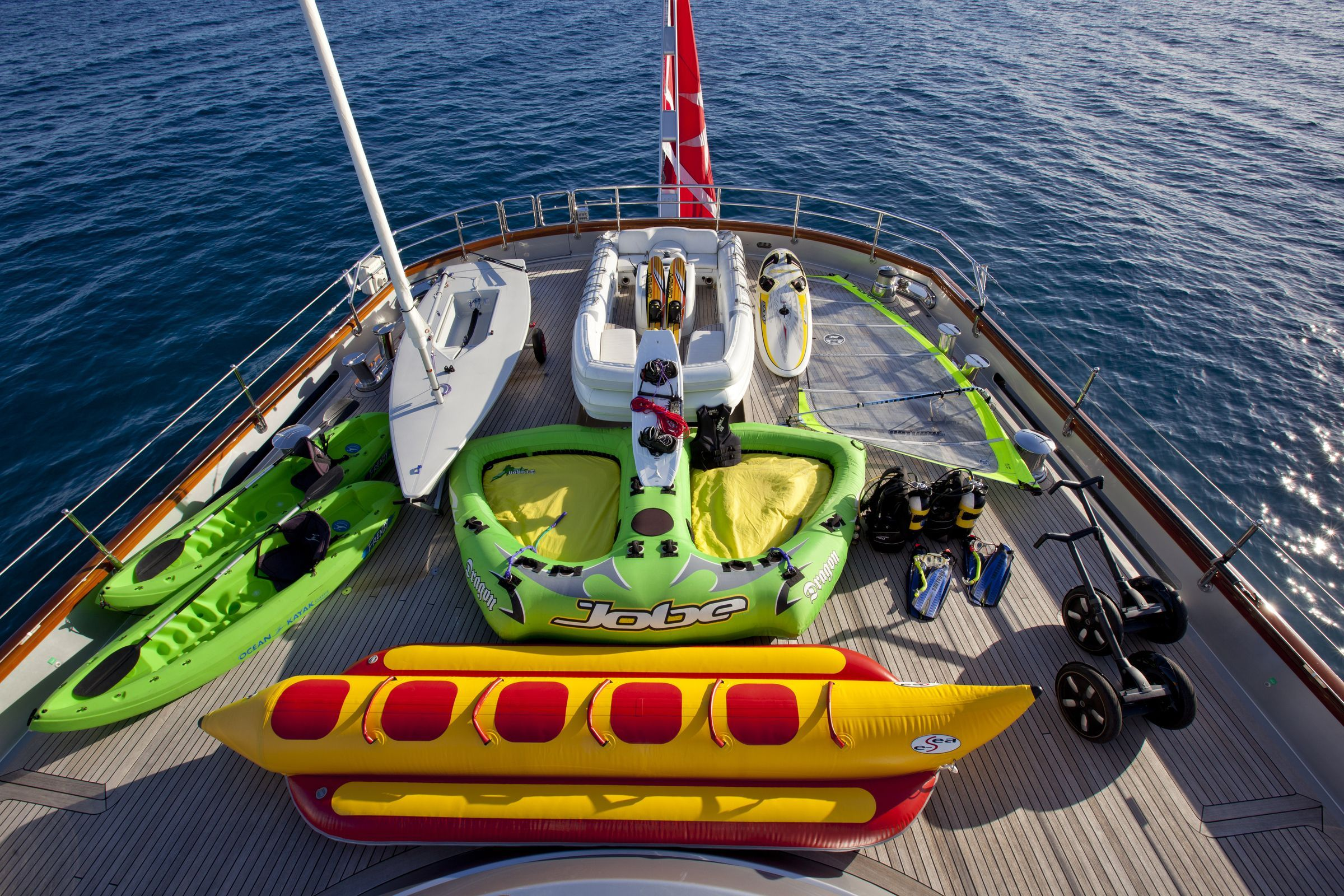 MALTESE--FALCON #WaterToys disponible para charters performance.com.mx
