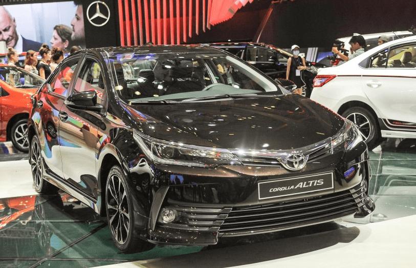Gia Xe Toyota Corolla Altis 2020 Lăn Banh Khuyến Mại 03 2020 Trong 2020 Toyota Corolla Toyota Xe O To
