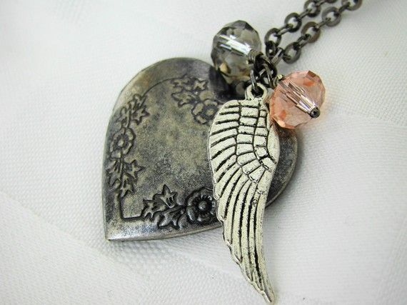 love these lockets!