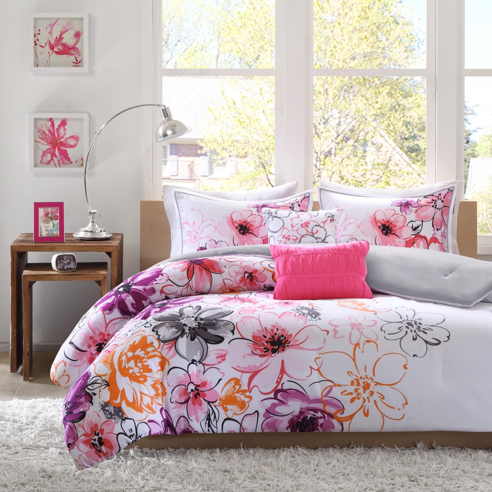 Beautiful Girl Rooms Pretty Colorful Vogue Bedding Design Plus Pillow In Beautiful Girl
