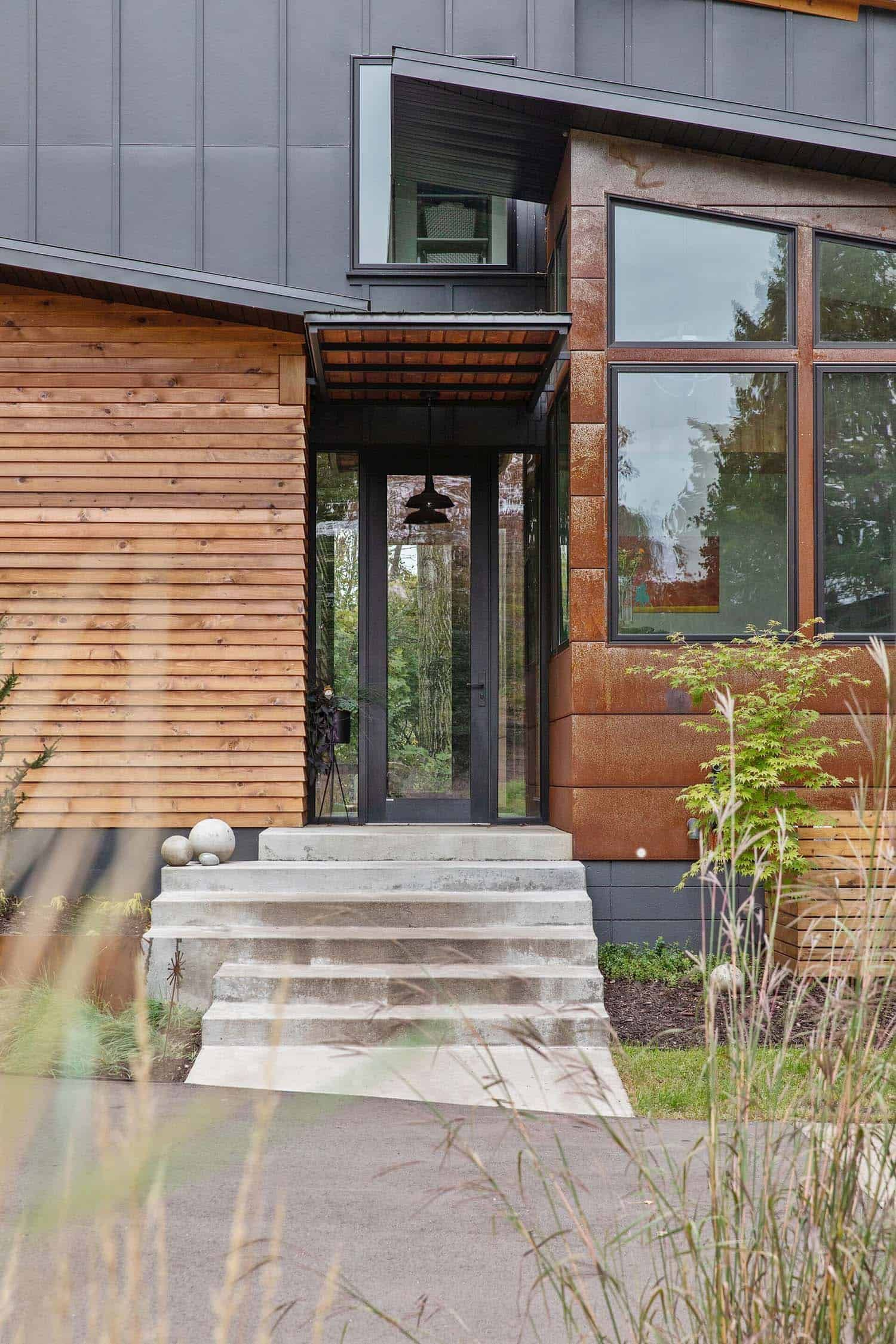 Spectacular Rustic Modern Dwelling With A Cantilevered Roof In Minnesota In 2020 Modern Lake House Modern Rustic Urban Farmhouse