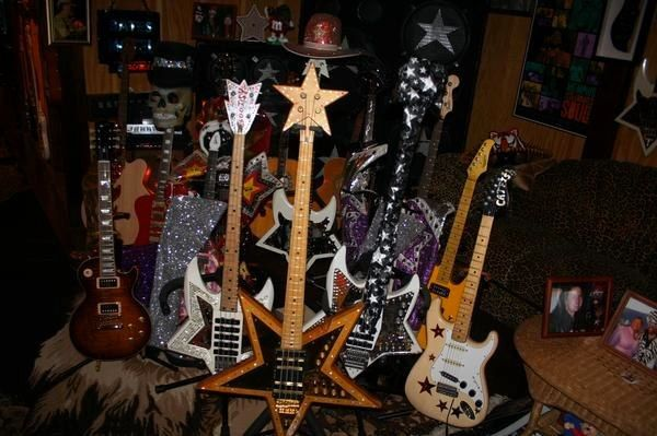 Some of Bootsy Collins\u0027 guitars and basses. I want a space