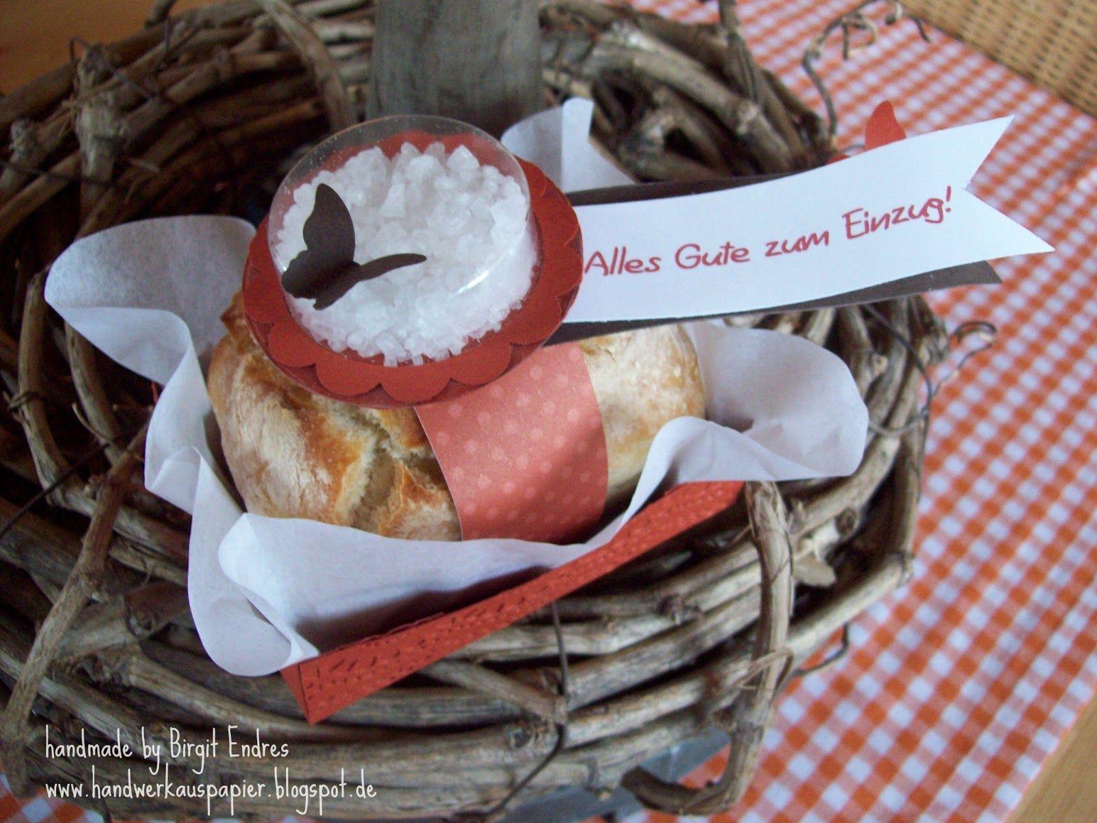 So Heute Gibt Es Nur Schnell Noch Ein Projekt Das Gestern Noch Ganz Spontan Entstanden Ist Weil Ich Am Sonntag Brot Und Salz Geschenke Sussigkeiten Geschenk