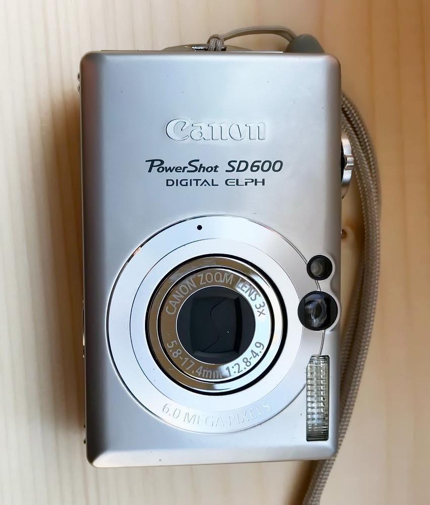 Canon Powershot Sd600 6 Mp Elph Digital Camera 3x Optical Zoom 2 5 Lcd Pc1193 Canon Digital Camera Powershot Camera