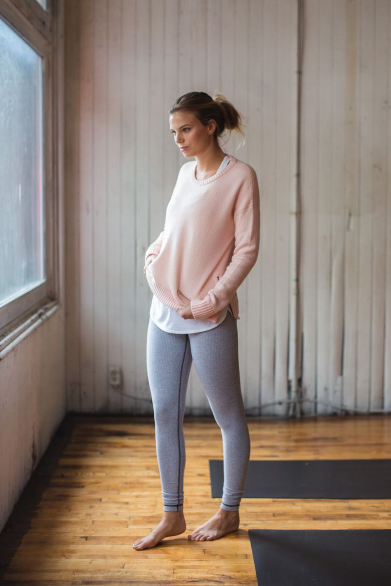fantastic outfits with grey workout leggings