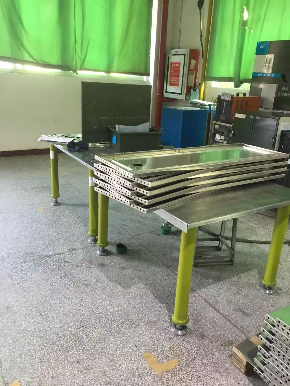 2D clamping system, welding table, modular fixturing, weld