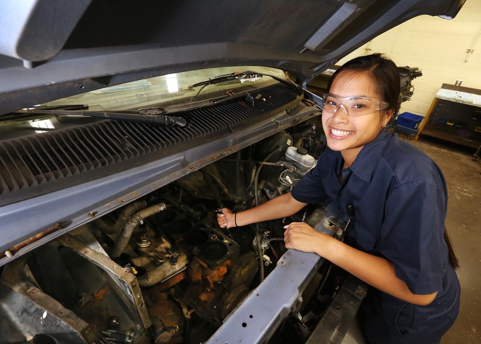 Lily Marburger Attended Three Schools For The Last Two Years Of Her High School Career She Studied Automotive Technology A College Classes Technology Teaching