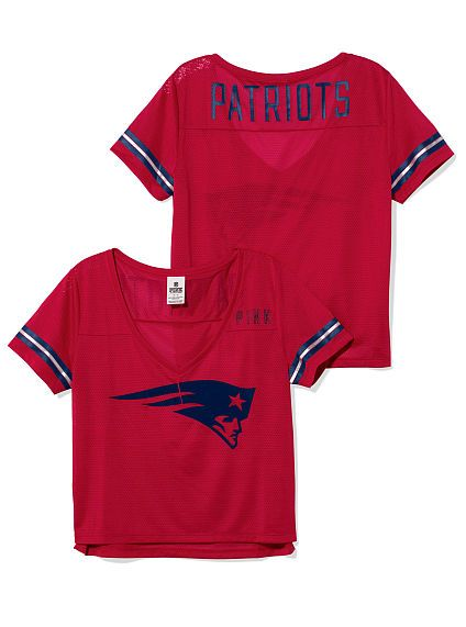d1f92a5a0b672 New England Patriots Cropped V-Neck Athletic Tee PINK This would be amazing  - love that it s cropped