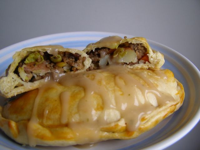 Beef Pasties These Freeze Well For Lunch Or Dinner In A Hurry Recipes Food Beef Recipes
