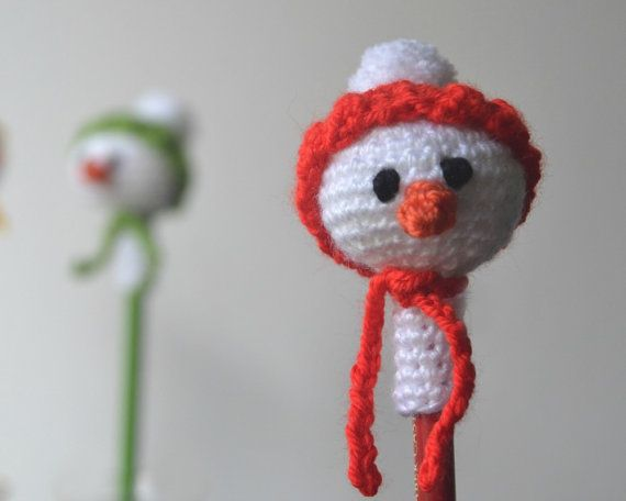 Amazon.com: DARN GOOD YARN ONE of A Kind | DIY Knitting Kit - Fox ... | 456x570