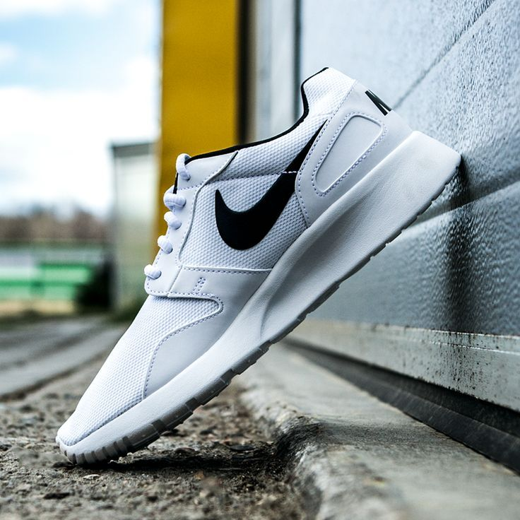Nike Kaishi White Black