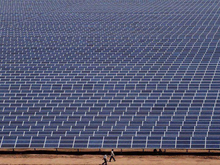 Gujarat Solar Park The Largest Solar Park In The World It S The Biggest Solar Farm In The World Covering 2 00 Solar Projects Solar Panels Renewable Solar