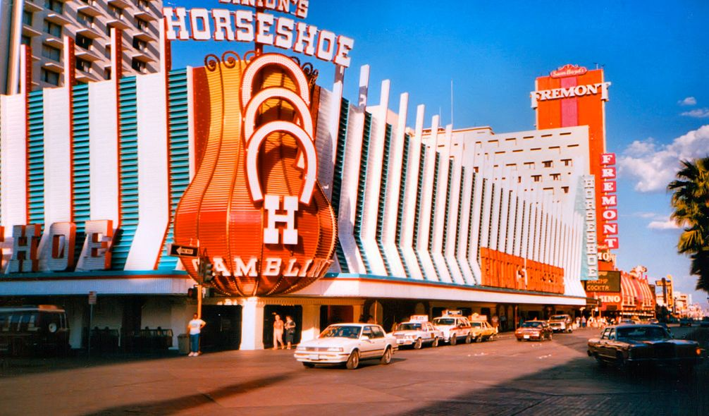 Horseshoe casino in las vegas real casino royal