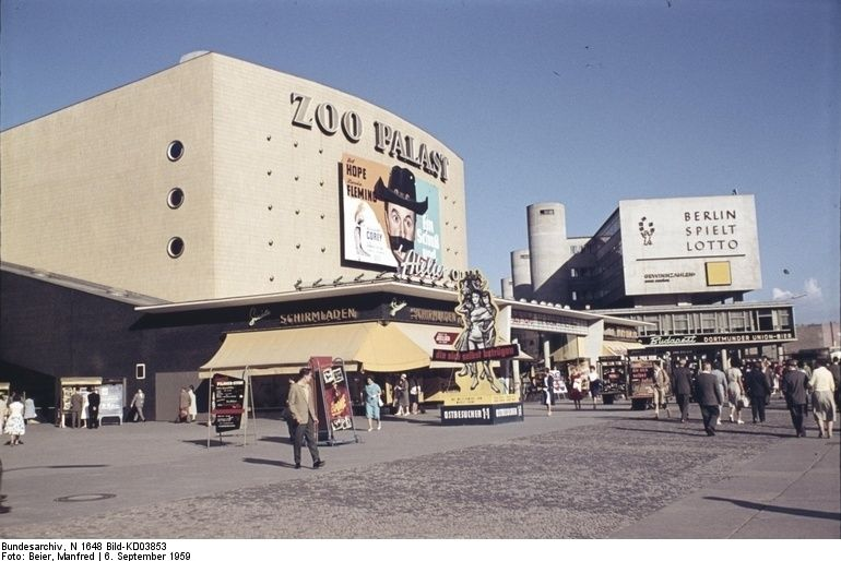 Awesome Das Kino Zoo Palast in West Berlin im