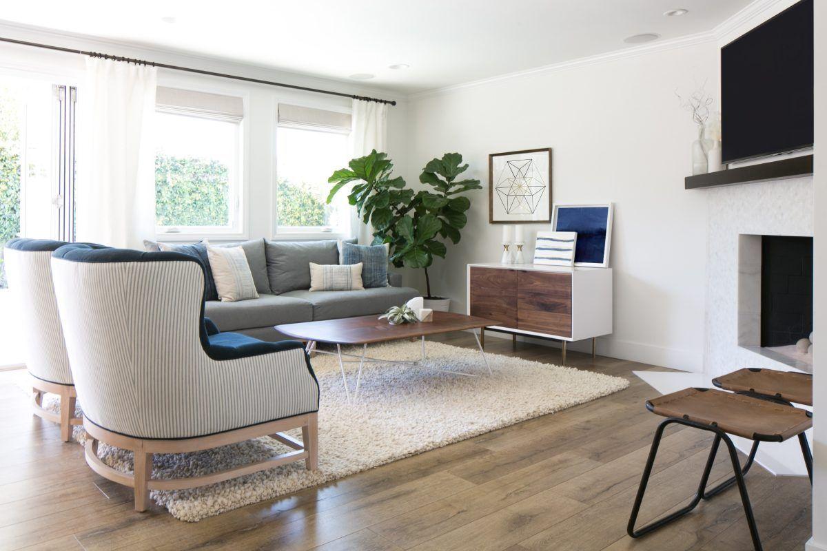 A chic modern farmhouse living room decor inspiration