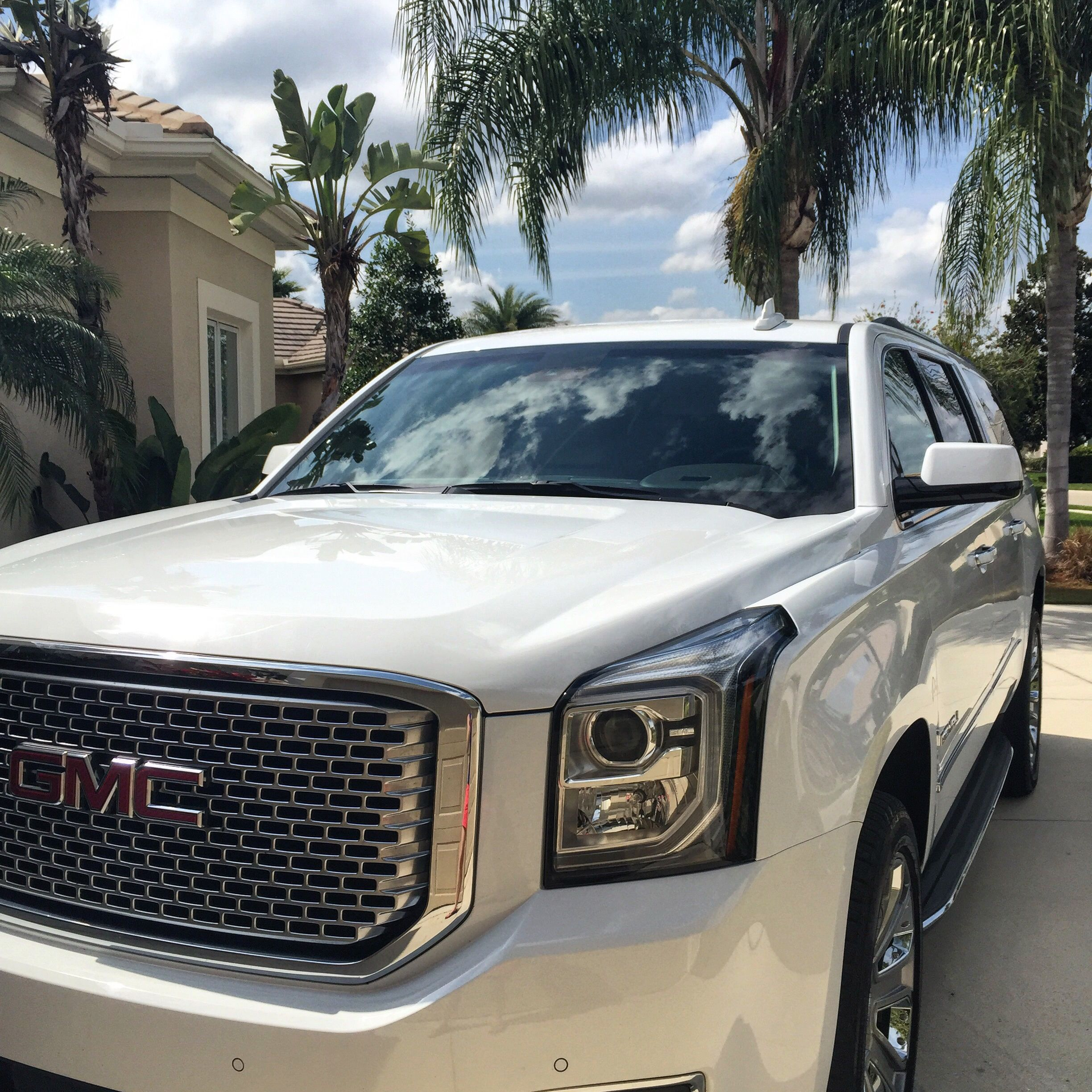 img prices deals incentives carsdirect gmc overview yukon sle leases denali