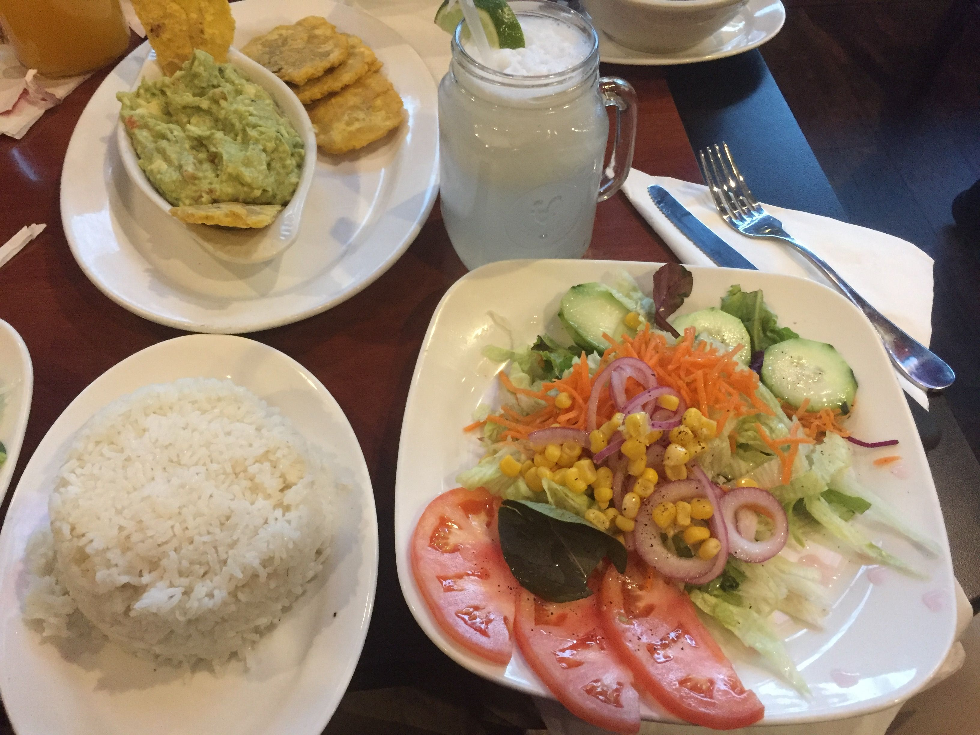 [I Ate] Colombian Dinner  Guacamole With Plantains House Salad