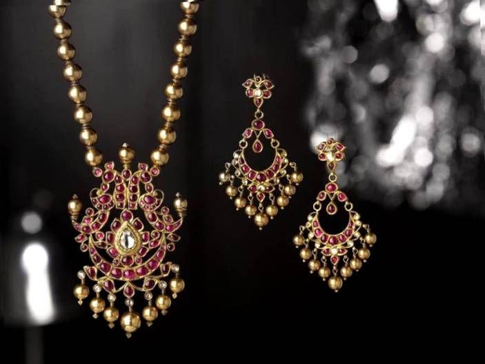 e51e5d89ce437 tanishq taj collection - Google Search | Jewellery | Indian jewelry ...