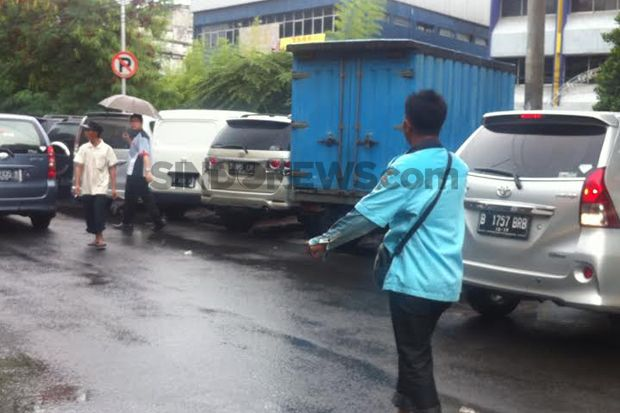 Lemah Pengawasan Parkir Liar di Jakarta Barat Makin Menjamur