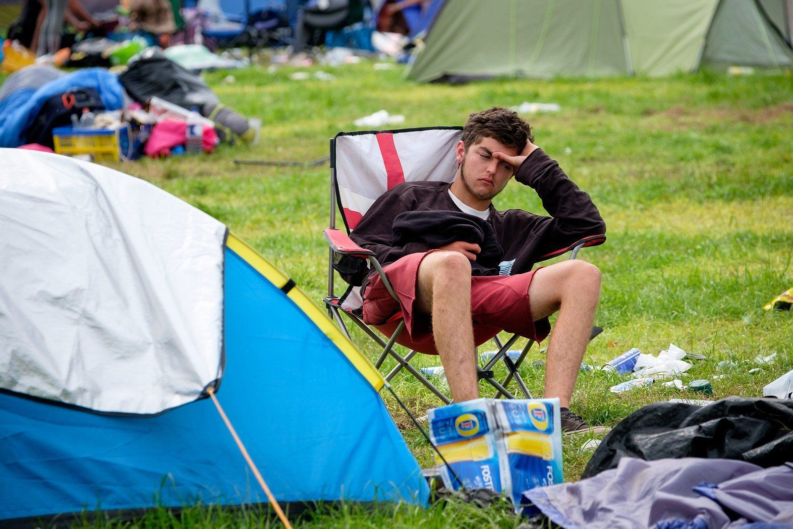 15 Images Of The Glastonbury 2015 Hangover That Will Make You Feel Better For Missing It