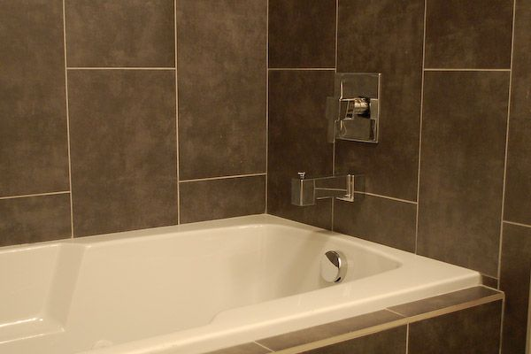 Tub surround tile details bathroom ideas pinterest for Bathroom surround tile ideas