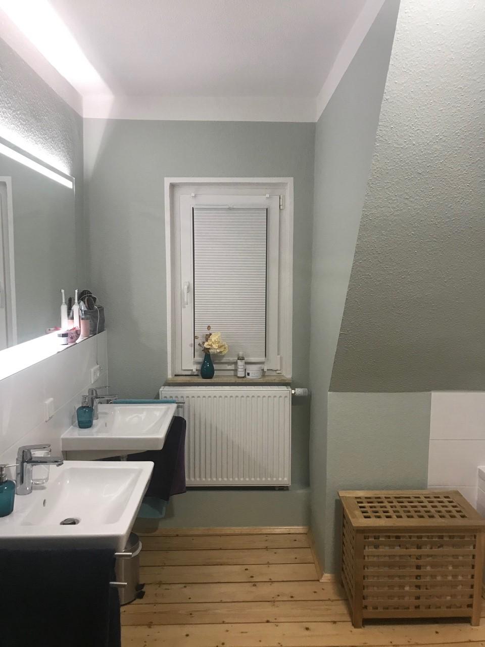 Christina 20   Moderne badezimmer farbe, Badezimmer streichen ...