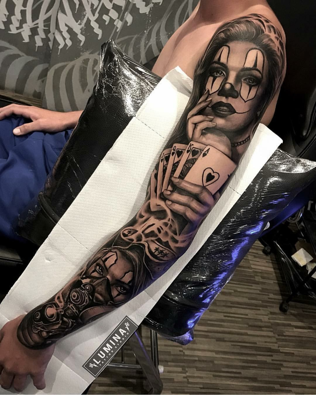Pin Em Tatuagem Masculina