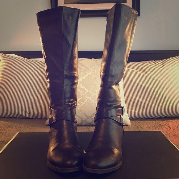 Croft \u0026 Barrow wide-calf tall boots