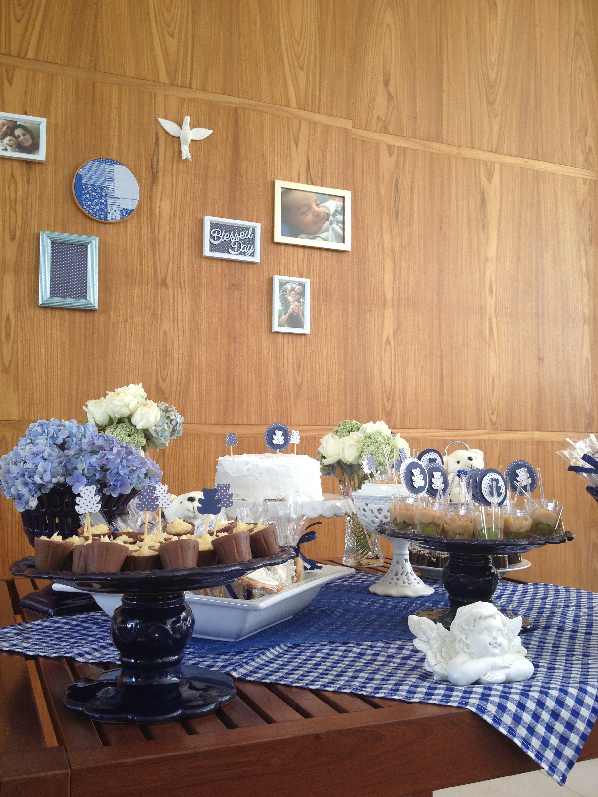 Limoeiro Decor Batizado, azul e branco, anjo, flores brancas
